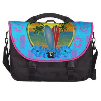 Puesta del sol y tablas hawaianas bolsas para ordenador