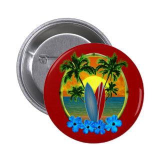 Puesta del sol y tablas hawaianas pin redondo de 2 pulgadas