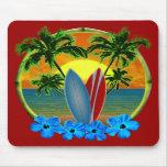Puesta del sol y tablas hawaianas tapetes de raton