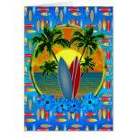 Puesta del sol y tablas hawaianas tarjeta de felicitación