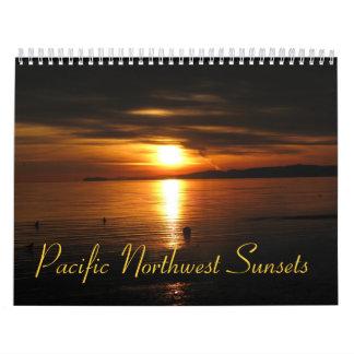 Puestas del sol del noroeste pacíficas calendario de pared