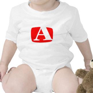 Puesto algo en ese bebé… trajes de bebé