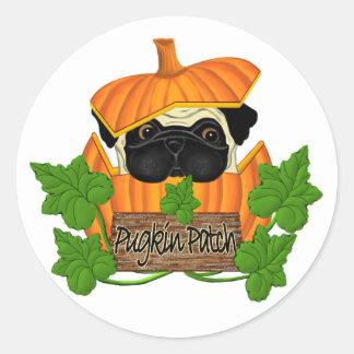Pug Pumpkin Patch Classic Round Sticker