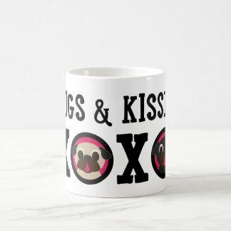 Pugnacious Gifts Pugs & Kisses xoxo Mug