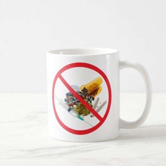 Pugs not drugs mug
