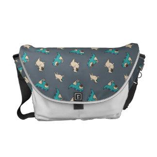 Pugs' Pattern, Dogs Rule! Messenger Bag