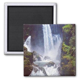 pulhapanzak waterfall magnet