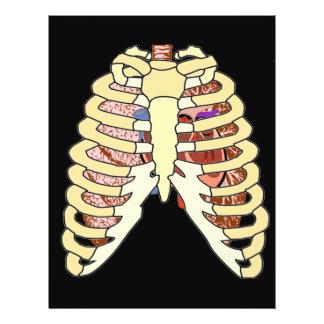 Pulmones y corazón de la caja torácica en negro flyer a todo color