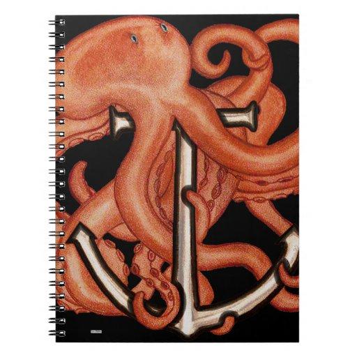 Pulpo anaranjado sobre el ancla cuaderno