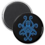 Pulpo azul complejo en negro imán de frigorifico