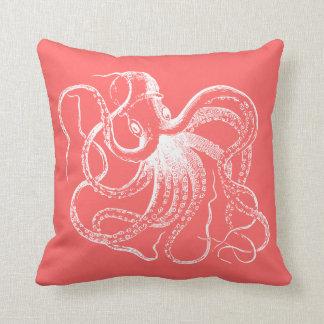 Pulpo coralino del vintage y rayas náuticas almohada