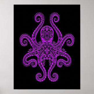 Pulpo púrpura complejo en negro posters