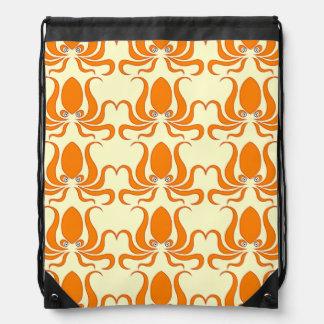 Pulpos del pulpo de la mandarina mochila