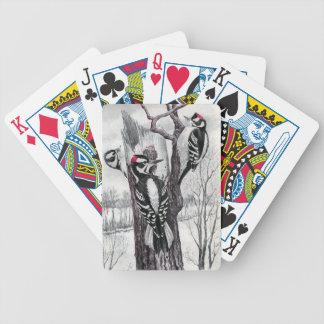 Pulsaciones de corriente suaves y melenudas en inv baraja cartas de poker