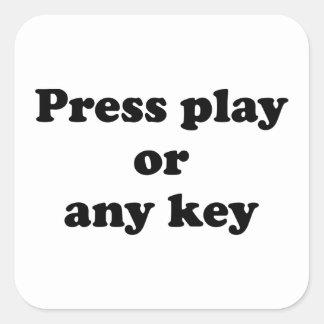 Pulse el juego o cualquier tecla pegatina cuadrada