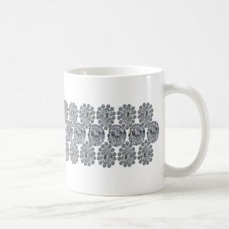 Pulsera ancha del diamante taza básica blanca