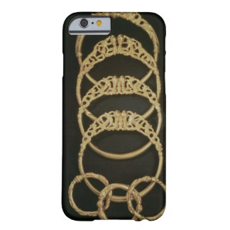 Pulseras del tesoro de Ertsfield, 4to ce del oro Funda Para iPhone 6 Barely There