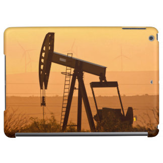 Pump Jack Pumping Oil In West Texas, USA Case For iPad Air