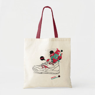 Pump my parrots tote bag