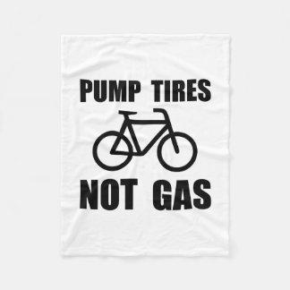 Pump Tires Fleece Blanket