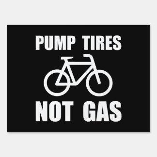 Pump Tires Sign