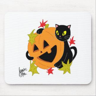 Pumpkin and Cat 1 Mousepad