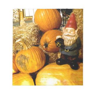 Pumpkin Gnome I Notepad