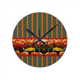 Pumpkin orange green Thanksgiving Autumn Harvest Round Clock