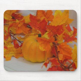 Pumpkin&Orange Leaves Arrangement Mouse Pad