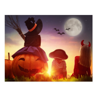 Pumpkin patch kids postcard
