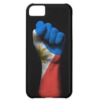 Puño apretado aumentado con la bandera filipina