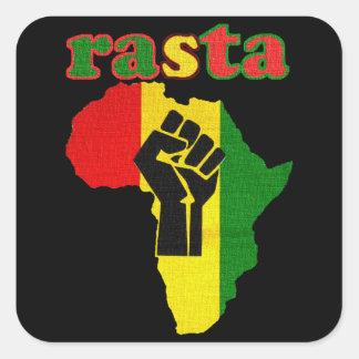 Puño del poder negro de Rasta sobre África Pegatina Cuadrada