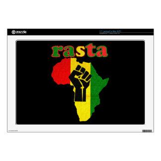Puño del poder negro de Rasta sobre África Portátil 43,2cm Skins