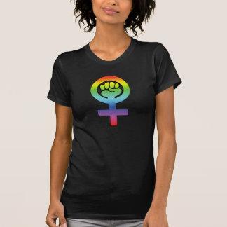 Puño lesbiano feminista del arco iris del poder de playera