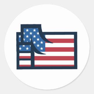 Puño patriótico americano pegatina redonda