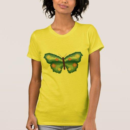 Puntada cruzada de la mariposa camisetas