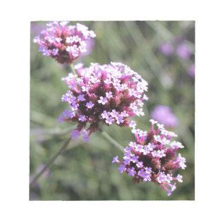 Puntilla de la flor de la verbena de la lila bloc de notas