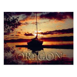 Punto rocoso, lago superior klamath, Oregon Tarjetas Postales