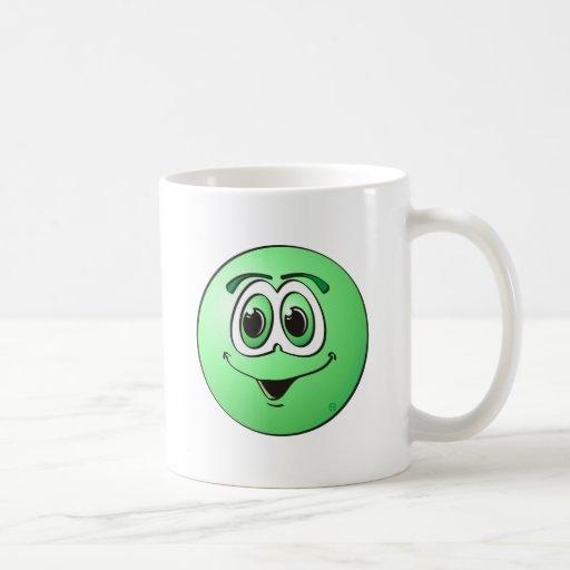 Punto verde taza básica blanca