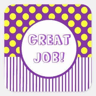Puntos amarillos y rayas púrpuras pegatina cuadrada