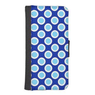 Puntos, azul de cobalto y blanco circundados fundas billetera de iPhone 5
