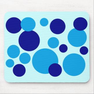 Puntos azules retros de la burbuja tapete de ratones