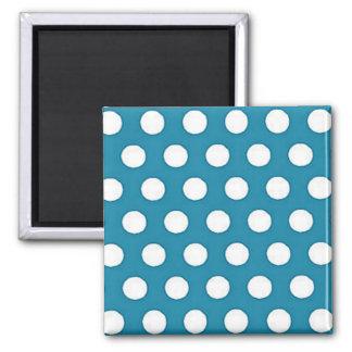 Puntos blancos en fondo azul brillante imán cuadrado
