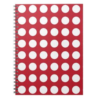 Puntos blancos en rojo oscuro libretas