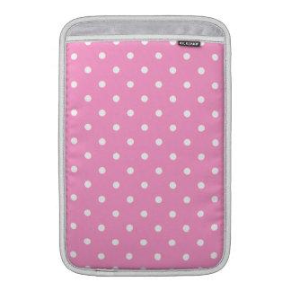 Puntos blancos, modelo de lunares rosado funda  MacBook