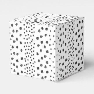 Puntos blancos negros del cepillo cajas para regalos de boda