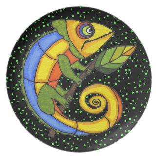 Puntos coloridos de la rama del lagarto de la dive plato para fiesta