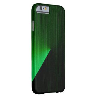 Puntos culminantes del verde sobre la caja negra funda de iPhone 6 barely there