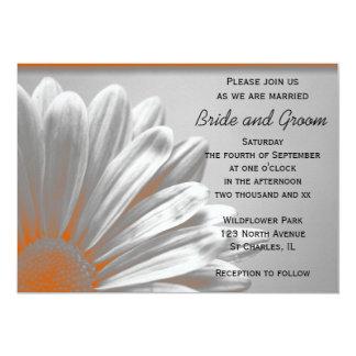 """Puntos culminantes florales anaranjados que casan invitación 5"""" x 7"""""""
