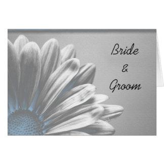 Puntos culminantes florales azules que casan la ta tarjeta de felicitación